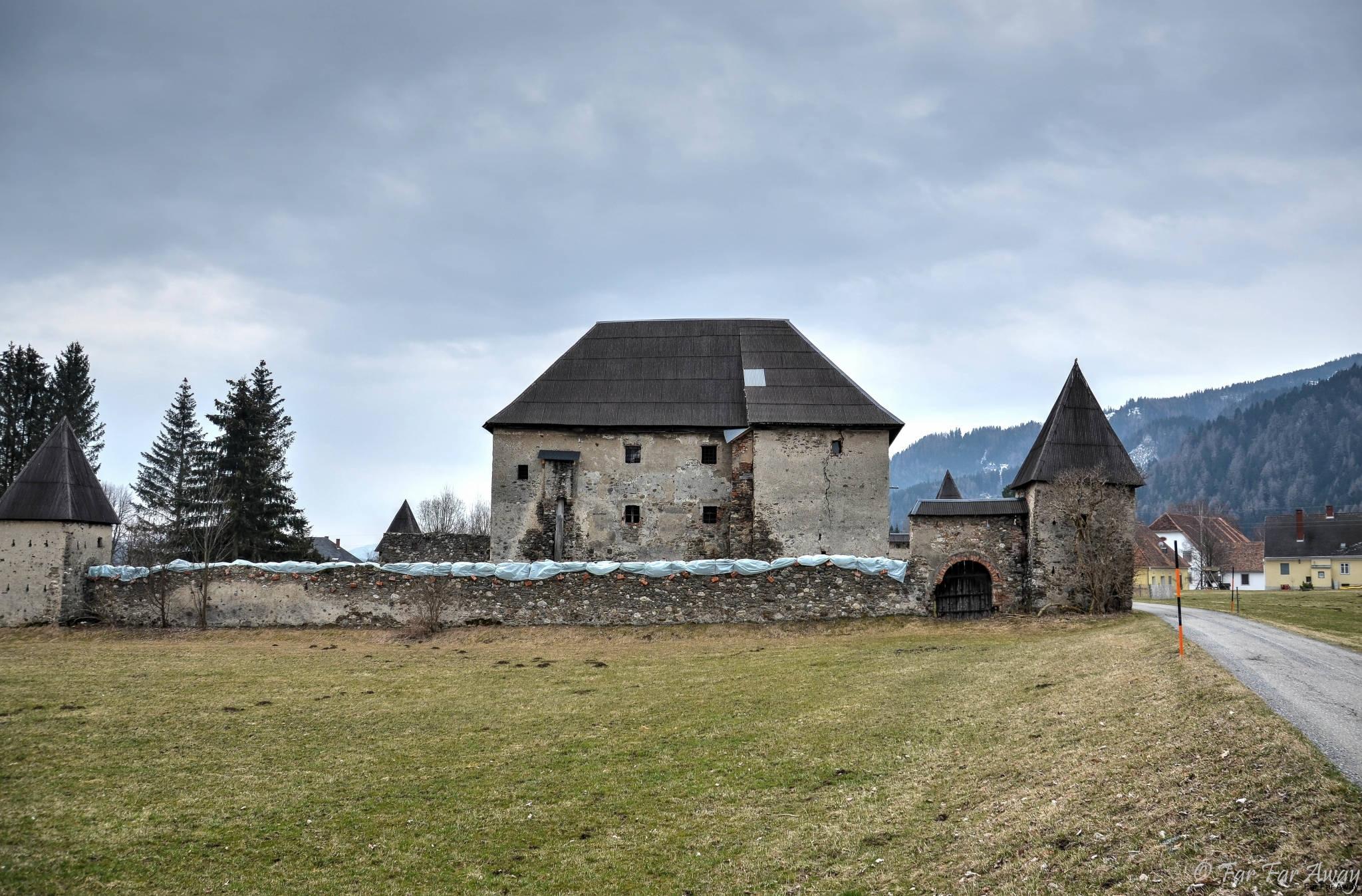 Außenansicht-Schloss-Hanfelden