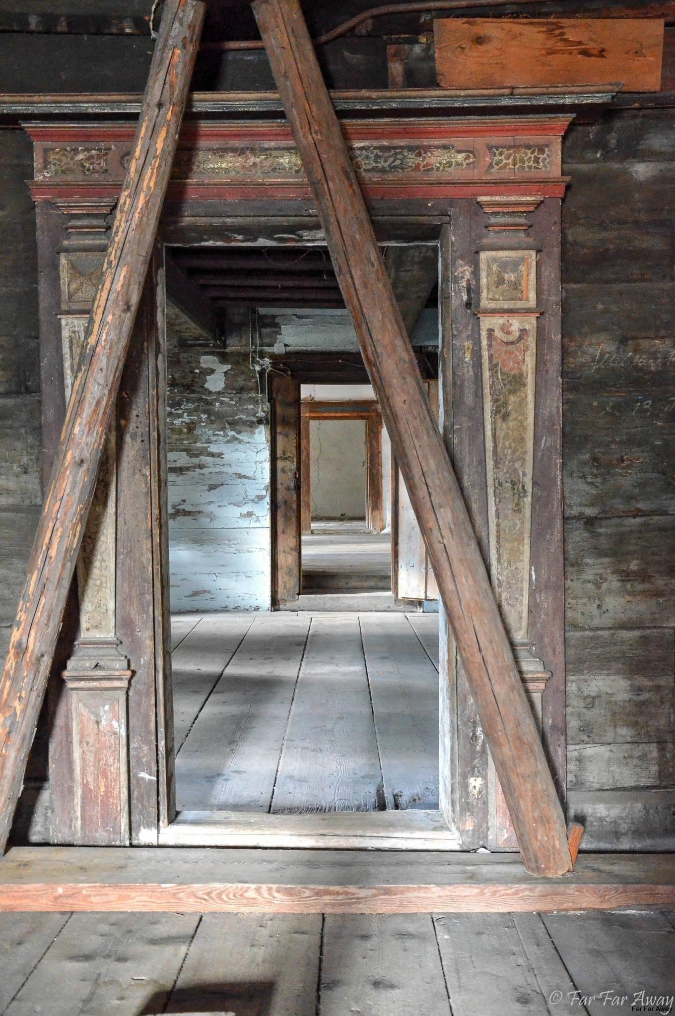Tür-von-Blockwerkkammer