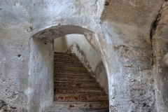 Treppe-in-den-1.-Stock